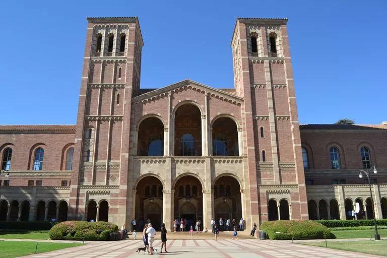 【案例分享】从转升大学到UCLA,offer拿到手软!